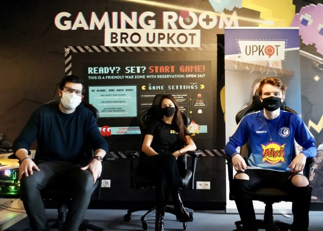 Foto Gaming Room Bro Upkot